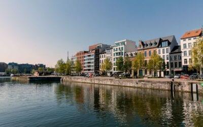 Part of Antwerp terrassen Verbindingsdok horeca Eilandje